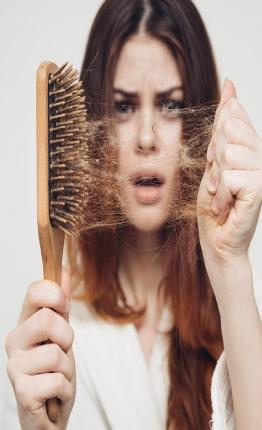 روغن رویش مجدد مو برای خانم ها