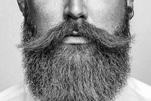 روغن گیاهی برای ریش آقایان