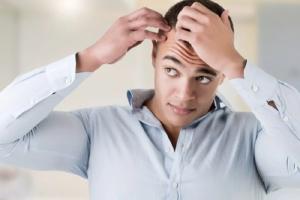 ریزش مو های سر