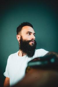 تقویت و رشد ریش